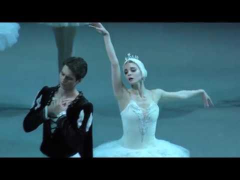06/07/18 Swan Lake Act I: Angelina Vorontsova and Ernest Latypov. White Adagio