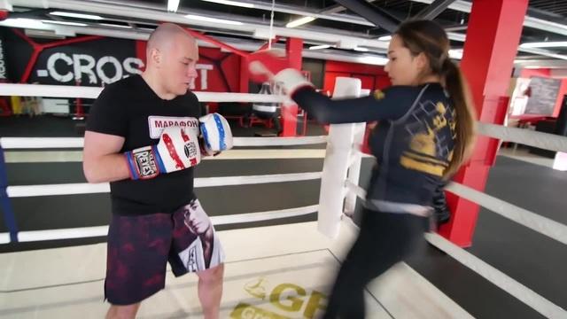 Тайский Бокс: внутренний лоукик с передней ноги. · coub, коуб