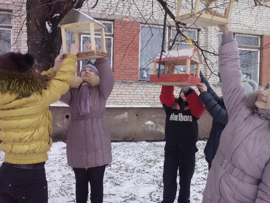 Помочь птицам под силу и взрослым, и детям!