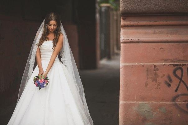 a89b69c18bf Продам шикарное свадебное платье Pronovias 2013 цена сильно снижена ...