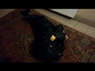 Спящий пьяный охранник ЧОП Император