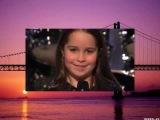Шоу талантов.Маленькая девочка поет очень круто!!!!