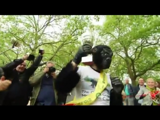 Gorilla man finishes 6-day uk marathon