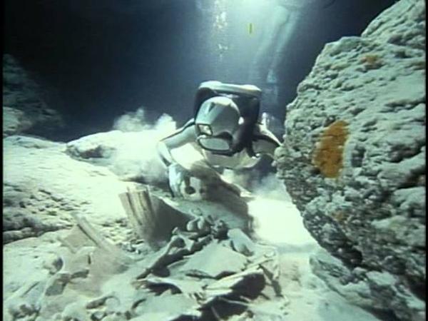 16 1989 Борнео Призрак морской черепахи - Подводная одиссея команды Кусто