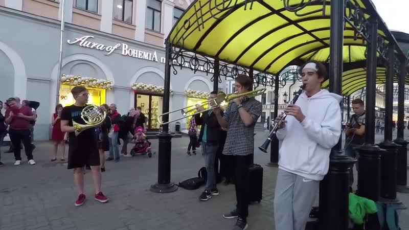 Happy Souls. Kazan street music.