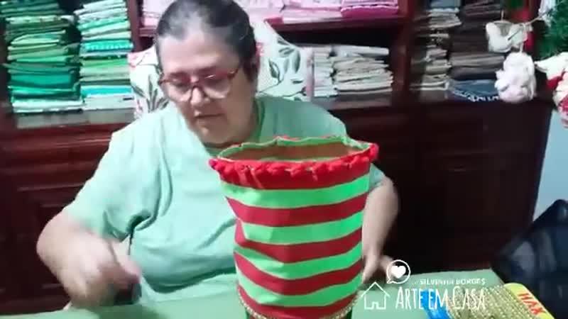 Reciclando Pote de Plástico para Colocar Doces no Natal