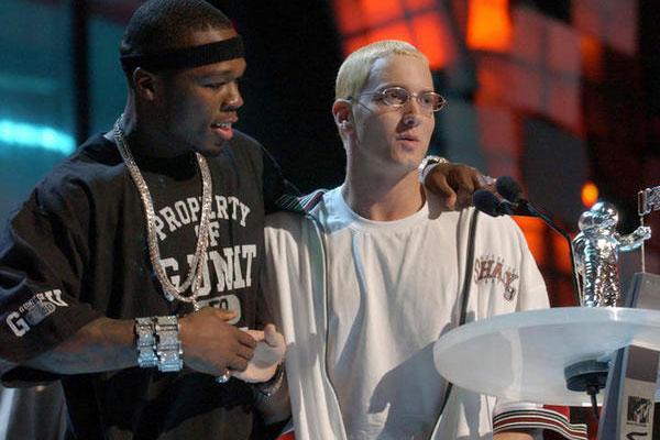 50 Cent ���������� ������� ����� Interscope