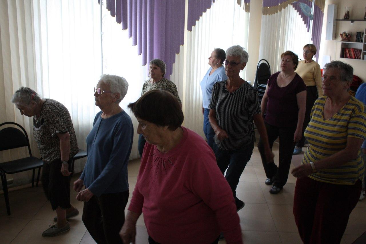 Занятия дыхательной гимнастикой для пенсионеров набирают популярность в ТЦСО «Ховрино»