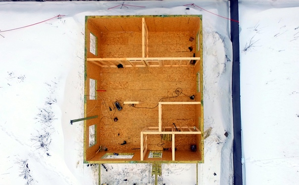 Помните, несколько дней назад обсуждали планировку одноэтажного дома в Телези? А уже можно сравнить ее с реальностью!👌🏻 #ультрасип_телези
