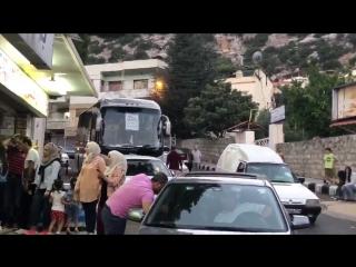 مسا الخير لجميع متابعي صفحة فيديو سوريا معليش مقصرين معكم بالفيديوهات هالفترة لظروف خاصة. - فيديو اذان المغرب من مدينة كسب السيا