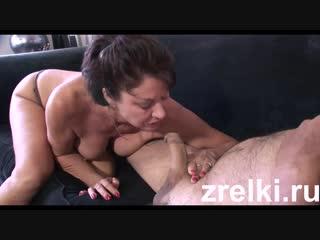 russkoe-bitovoy-otsosala-s-pyanu-erotichnie-foto