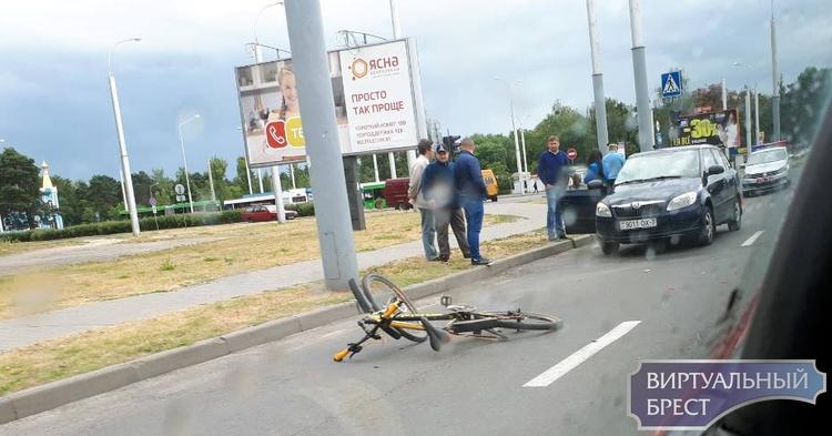 На ул. Суворова в Бресте сбили велосипедиста