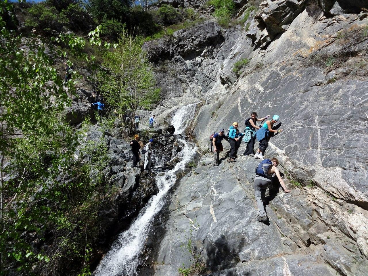 как пройти к водопаду учар