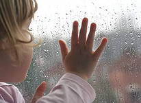Чем занять ребенка, когда на улице дождь  3TKUCUcrYmo