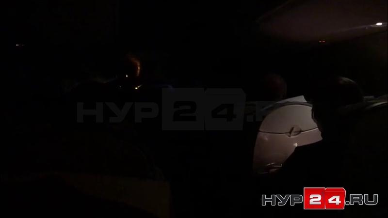 18.01. 2019 Самолет из Новосибирска кружит на Новым Уренгоем и не может сесть из-за непогоды