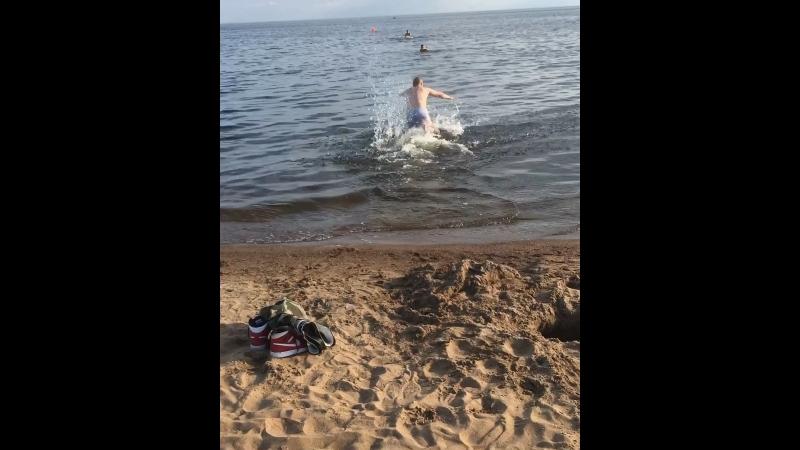 Целый ритуал перед купанием