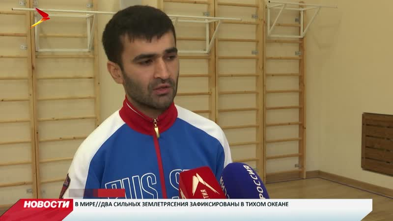 Чемпион паралимпийских игр Гоча Хугаев провел зарядку с учениками 27-ой школы