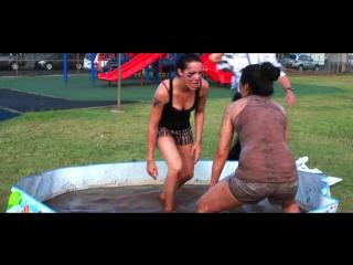 Mud wrestling interns (102.7 da bomb_samryan show)