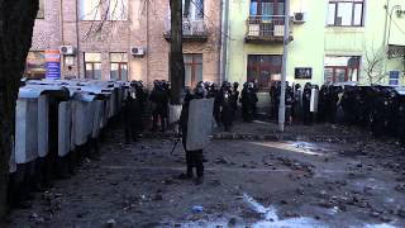 18 2 14 Война в Киеве 8 6.14 камень в голову Толику