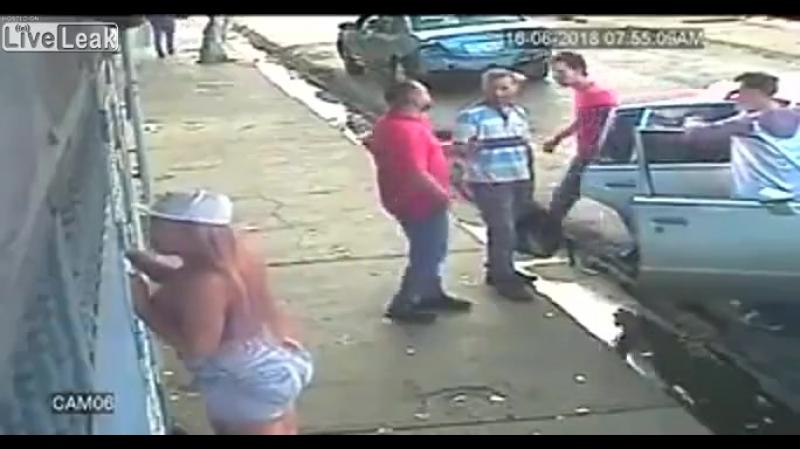 Liveleakcom - Venezuelan Gun fight