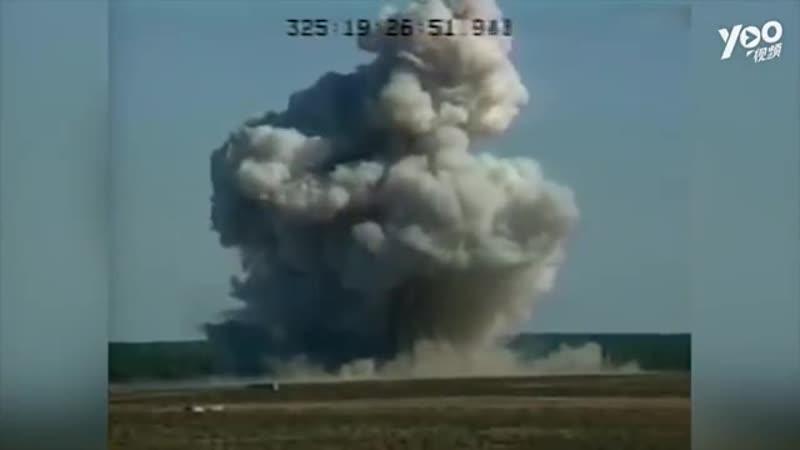Китай испытал самую мощную неядерную бомбу в мире
