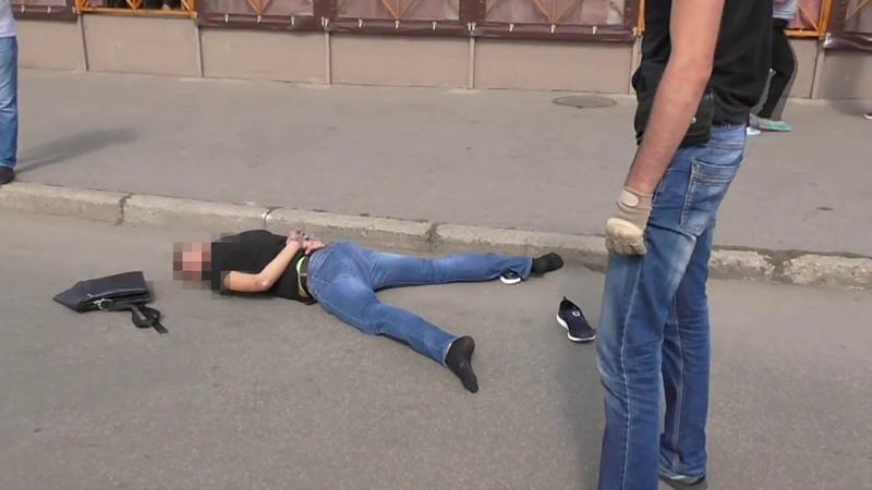 На Харківщині СБУ затримала учасників організованого угруповання, яке тероризувало бізнесменів