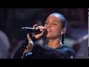 Alicia Keys e Andra Day Medley Someday At Christmas Rise Up Taraji's White Hot Holiday