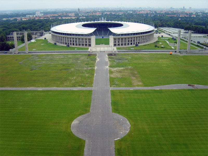 Олимпийский стадион (Olympiastadion Berlin). Берлин, Германия.