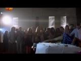 Школьница лишилась головы (Отрывок из фильма