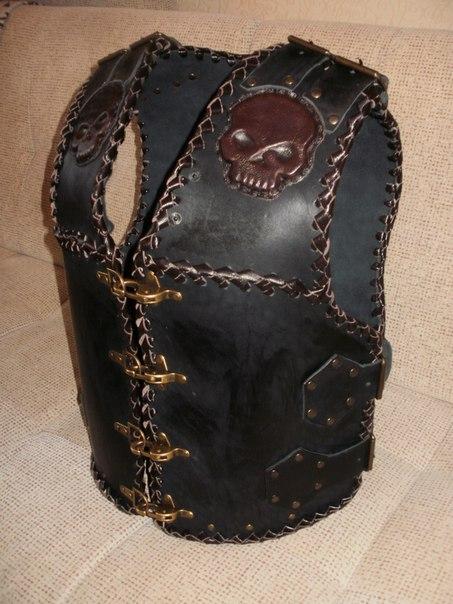 Изделия из кожи своими руками для байкеров 95