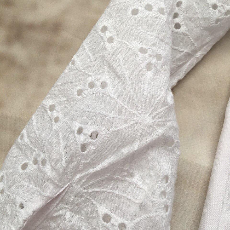 Кайфовая хлопковая рубаха с вышитыми в стиле ришелье рукавами