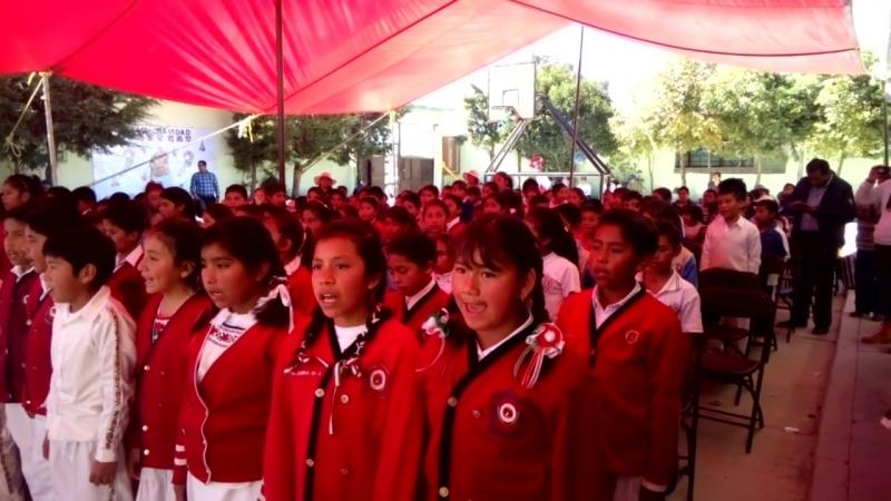 Himno Nacional Mexicano en mazahua.mp4