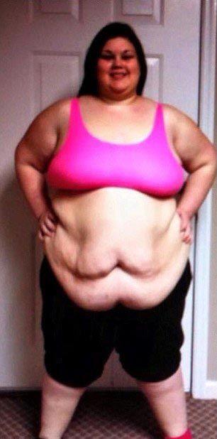 Тумутова дрочит жирные девушки заплыли жиром