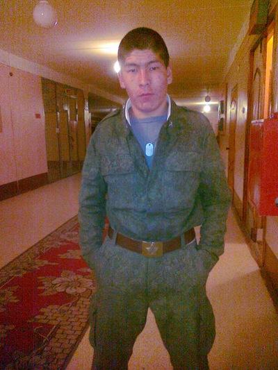 Булат Батуров, 12 апреля , Улан-Удэ, id117646018
