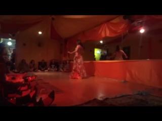 Aisha Dincer - Zahra 7 véus 2015 6534