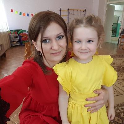 Юлия Антошкина