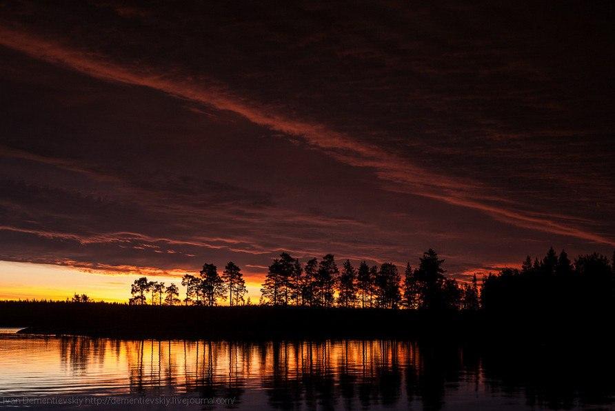 «Карельская ночь». Река Воньга. Автор — Иван Дементиевский