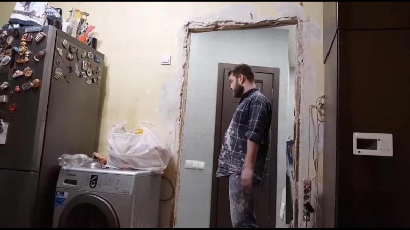 ПрАститУтка обнЮхалась крАски или АДамяновы глЮки