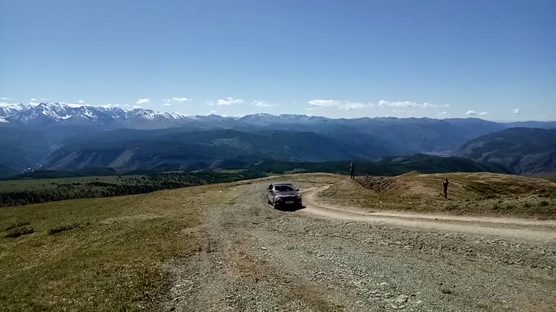 Акташский ретранслятор 3000 м. над уровнем моря, на него поднимается тойота бревис часть №2.