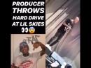 Продюсер кинул в Lil Skies жёсткий диск со своими битами во время концерта