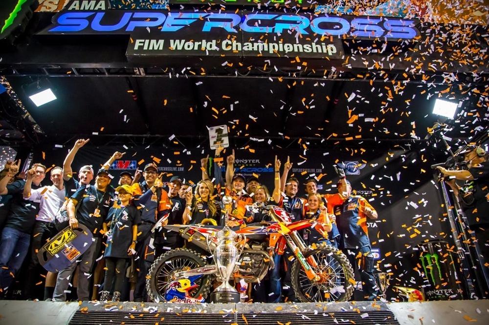 AMA Supercross 2019, этап 17 - Лас-Вегас (результаты, фото, видео)