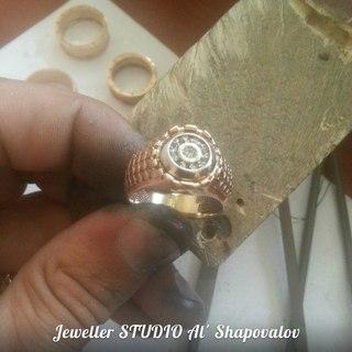 перстень мужской со знаком зодиака