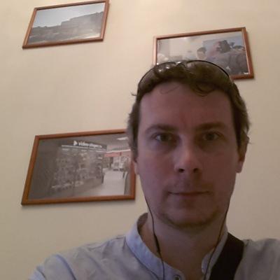 Евгений Шаповалов