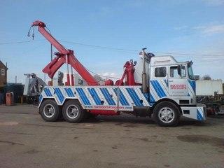 эвакуаторы для грузовых автомобилей и автобусов