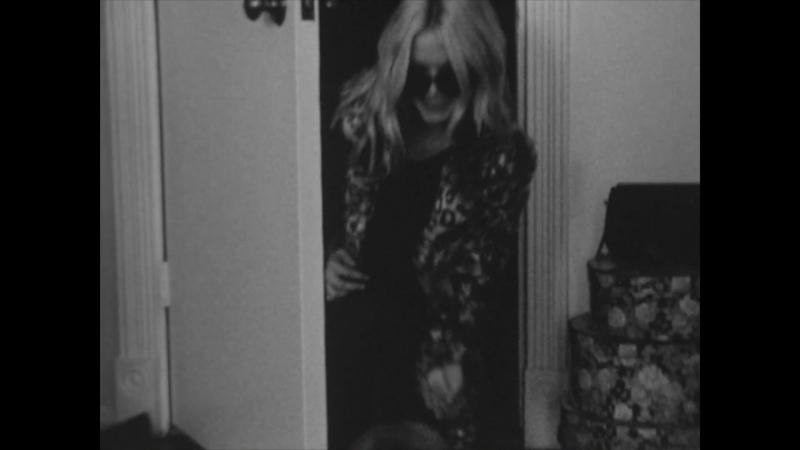 Tentative Romance starring Zoe Elyse