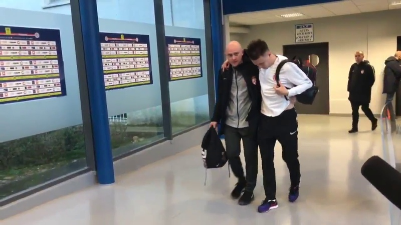 Limping Golovin after getting injured in a game against Montpellier