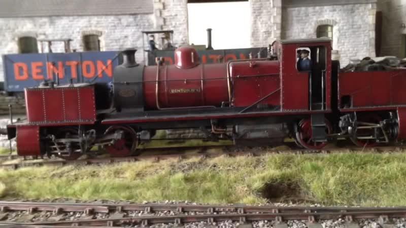 Действующий локомотив 43 масштабе.