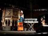 Sa Dingding - Ha Ha Li Li, Hello London!, Girl in a Green Dress
