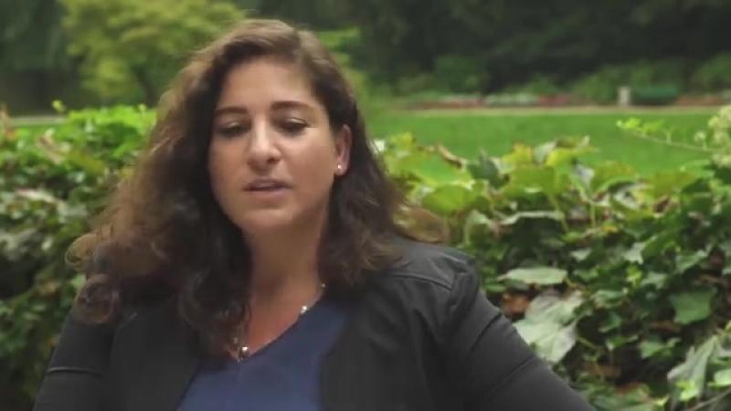 """Wochenblick Interview mit Islam Expertin Laila Mirzo"
