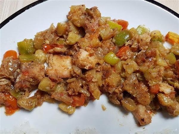 Surinamese Smoked Fish (Dry Fish) with Zucchini Recipe